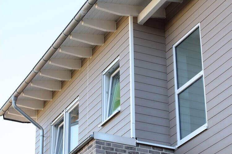 Fassadenverkleidungen in grau